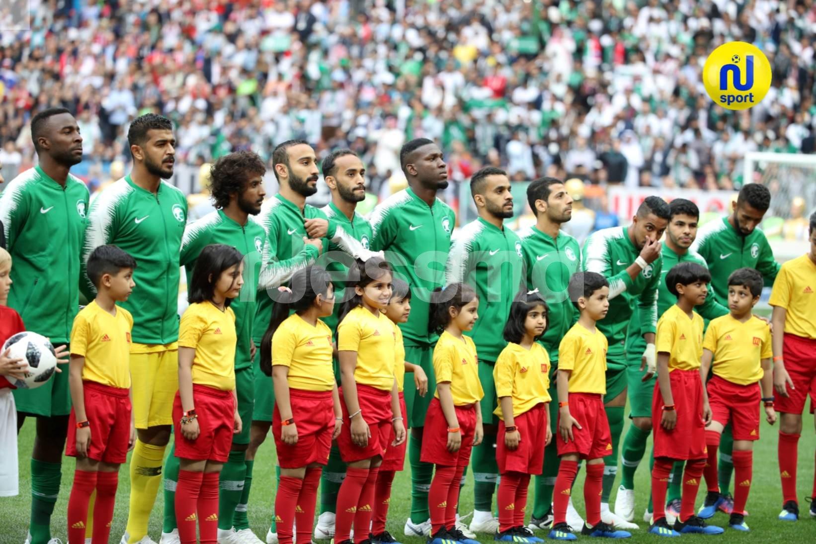 صور مباراة المنتخبين الروسي والسعودي