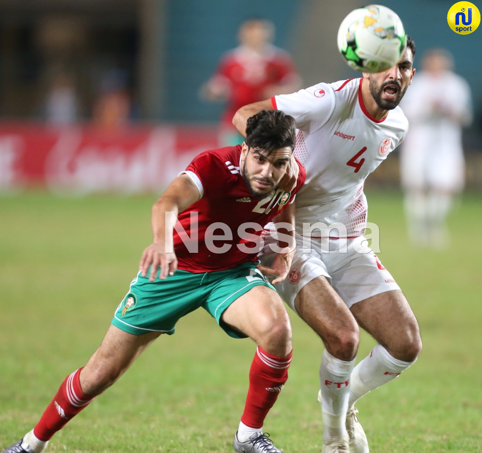 صور الشوط الثاني من مباراة المنتخب التونسي و نظيره المغربي