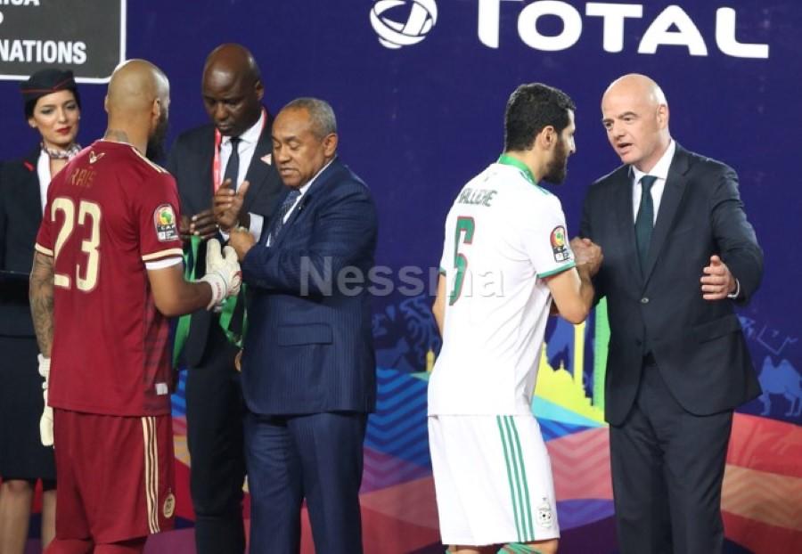 صور فرحة تتويج المنتخب الجزائري الشقيق بلقب كأس أمم إفريقيا