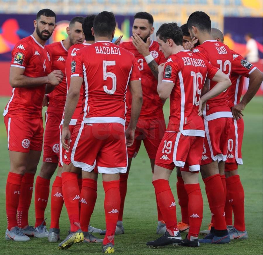 صور الشوط الأول لمباراة المنتخب الوطني التونسي و منتخب السينغال