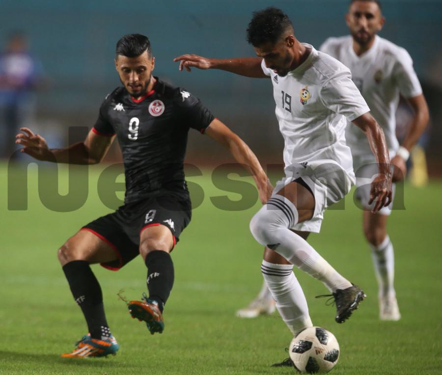 صور الشوط الأول من مباراة المنتخب التونسي والمنتخب الليبي