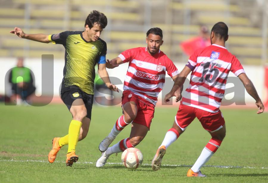 صور الشوط الأول من مباراة النادي الإفريقي والنادي البنزرتي