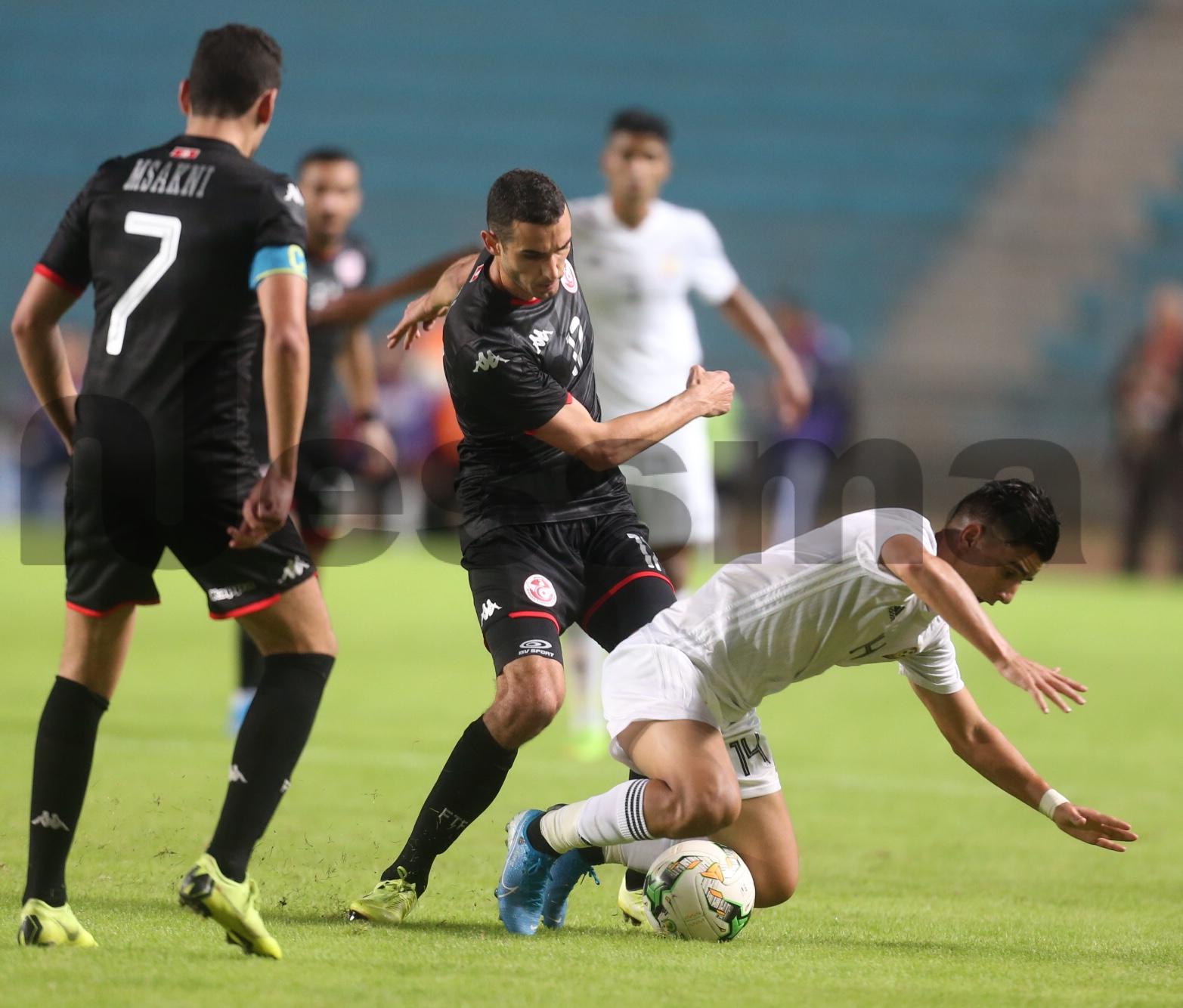صور الشوط الثاني من مباراة المنتخب الوطني التونسي والمنتخب  الليبي