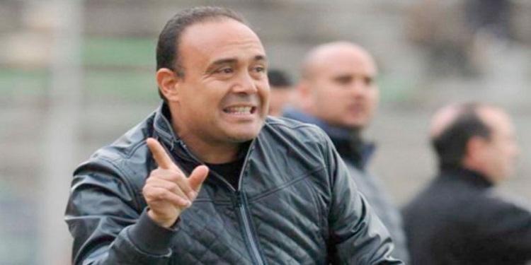 المدرب التونسي حمادي الدو يصارع من أجل البقاء في الدرجة الأولى الجزائرية مع دفاع تاجنانت