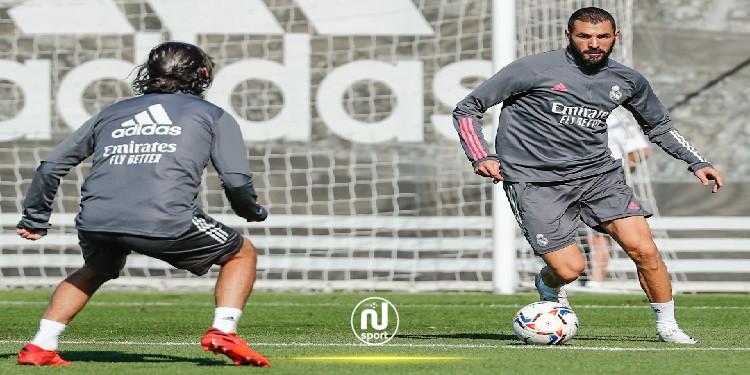 كريم بنزيما يكسر رقم رونالدو مع ريال مدريد
