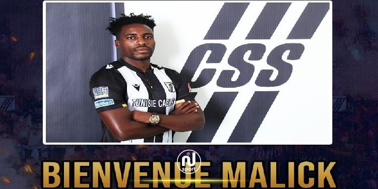 النادي الصفاقسي: ماليك إيفونا يمضي رسميا لموسمين