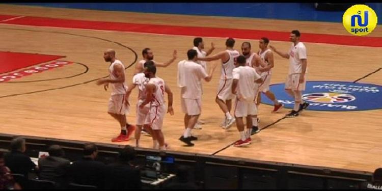 تصريحات اللاعبين واجواء مباراة المنتخب التونسي لكرة السلة أمام المنتخب الغيني (فيديو)