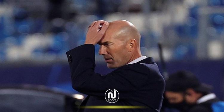 هل يكون كلاسيكو الأرض طوق نجاة زيدان مع ريال مدريد ؟