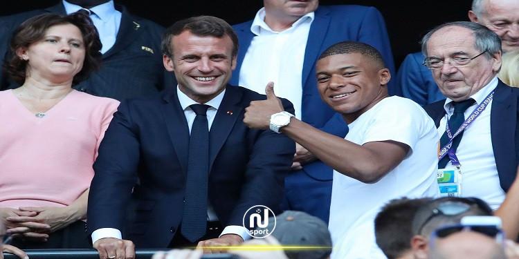ماكرون ينصح مبابي بالبقاء في باريس سان جيرمان