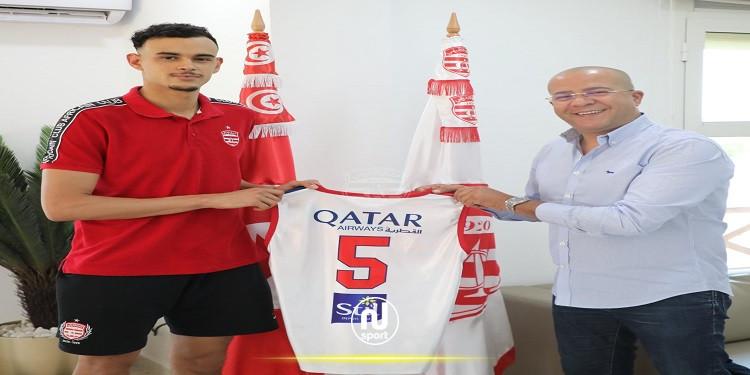 كرة السلة: أمان الله القيزاني يمدد عقده مع النادي الافريقي