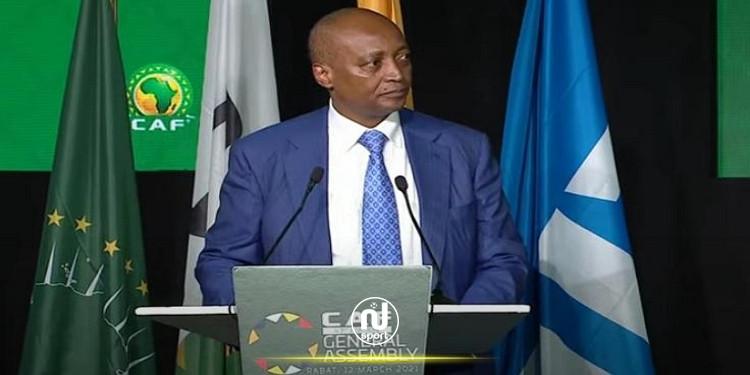 الاتحاد الافريقي لكرة القدم يكشف اليوم عن تفاصيل '' السوبر ليغ ''