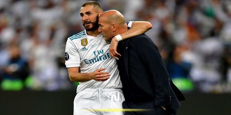زين الدين زيدان يرشح كريم بن زيمة للتتويج بجائزة الكرة الذهبية