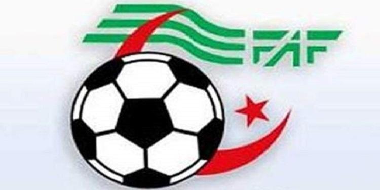 النادي القسنطيني يتعادل مع مولودية وهران في طريقه للتتويج بلقب الدوري الجزائري