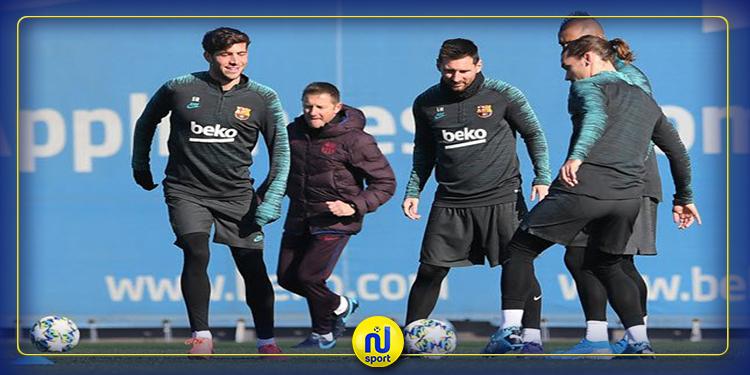 الليغا: روبيرتو يعود إلى تدريبات برشلونة قبل المواجهة القوية أمام أتلتيكو مدريد