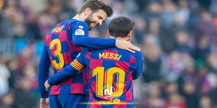 بيكيه يطالب بإطلاق إسم ميسي على ملعب برشلونة الجديد