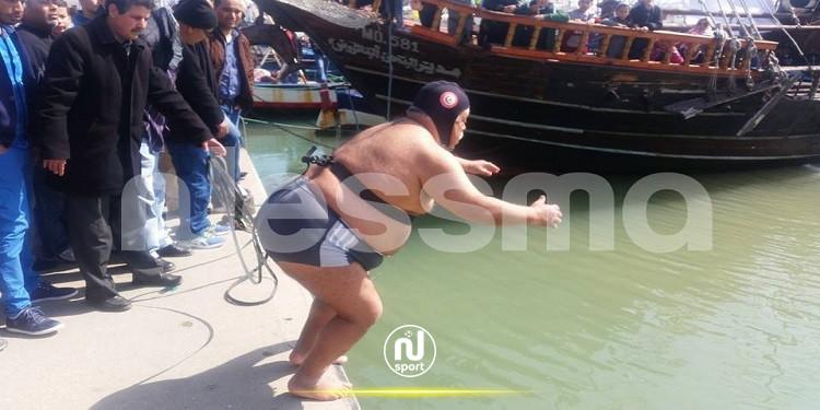 السباح العالمي نجيب بلهادي ينطلق في ماراطون بحري جربة لؤلؤة السلام
