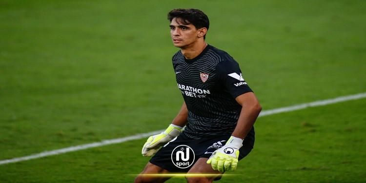المغربي ''ياسين بونو'' مطلوب في الدوري الإنقليزي الممتاز