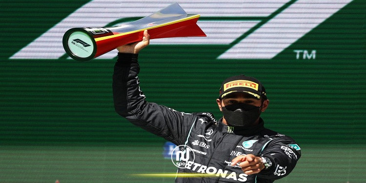 هاميلتون يفوز بسباق البرتغال ويعزز صدارته لبطولة فورمولا 1