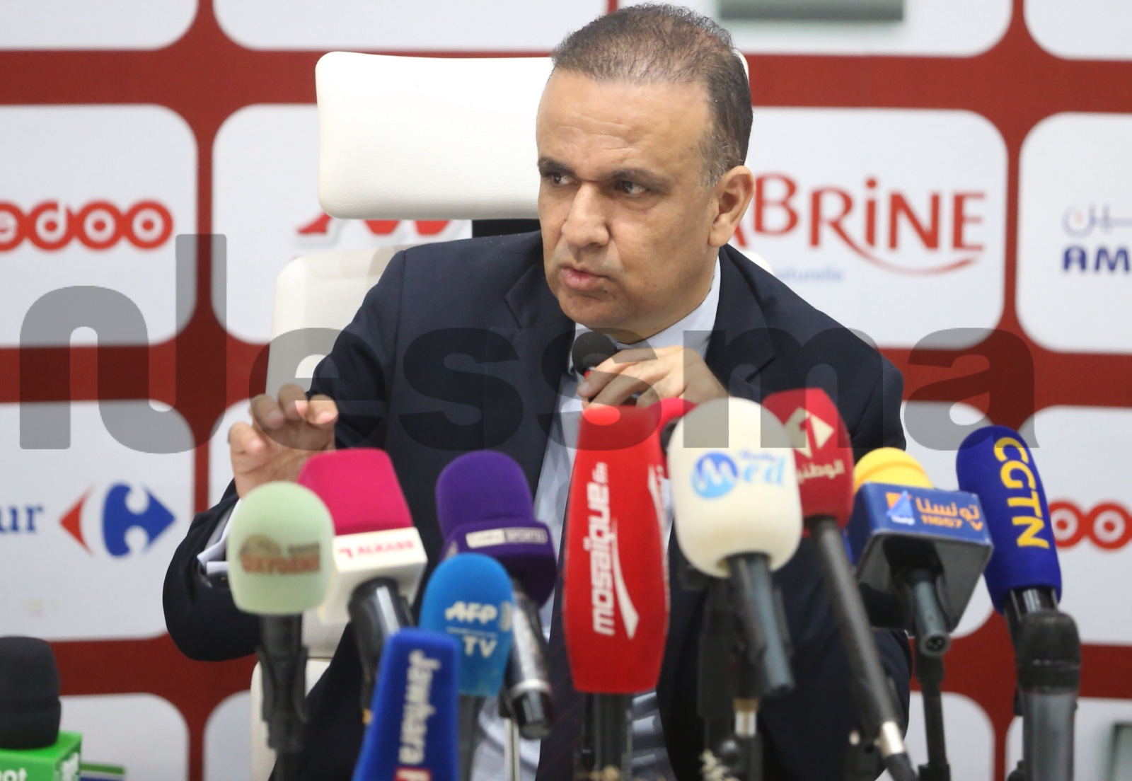 صور تقديم الإطار الفني الجديد للمنتخب التونسي