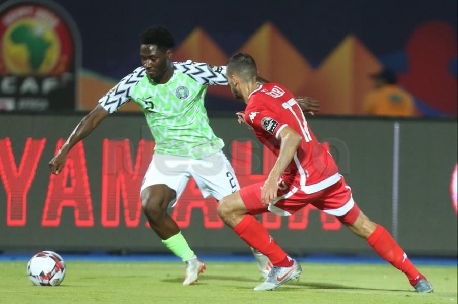 صور الشوط الأول من مباراة المنتخب التونسي والمنتخب النيجيري