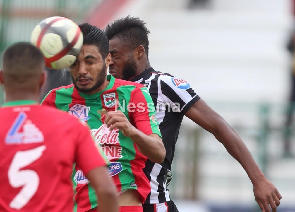 صور الشوط الأول لمباراة الملعب التونسي و النادي الصفاقسي